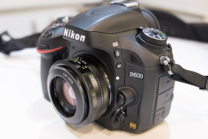 D600にUltron40mm
